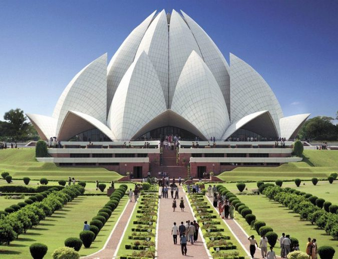 Lotus-Temple-India-front-view-675x517 15 Most Creative Building Designs in The World in 2018