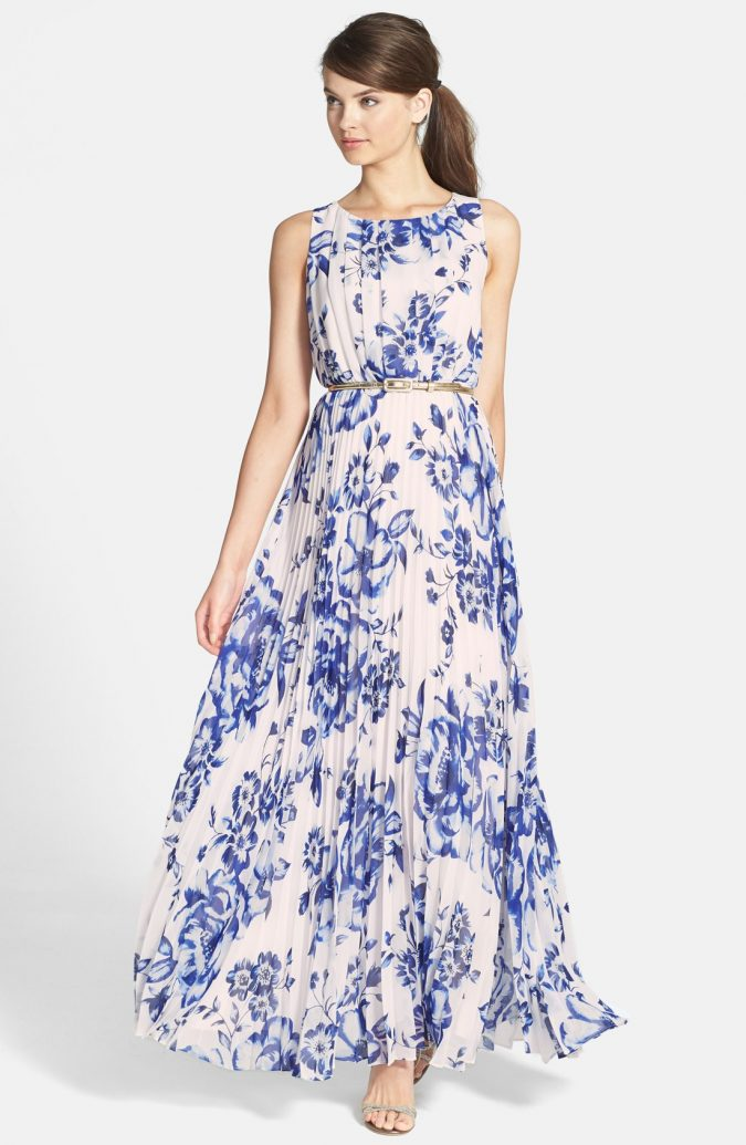 Maxi-Dress-675x1035 +40 Elegant Teenage Girls Summer Outfits Ideas in 2021