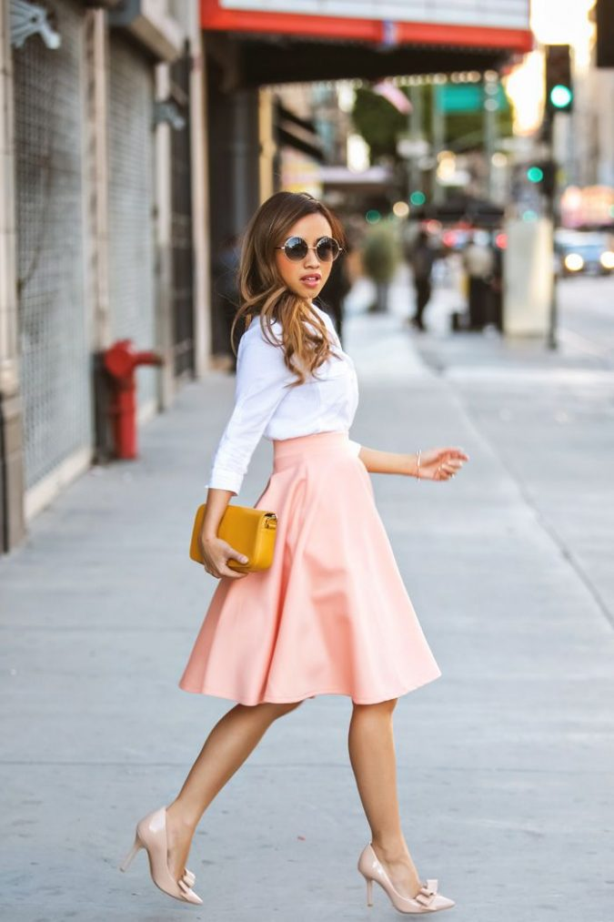 Pastel-Bonded-skirt-675x1013 18 Work Outfits Every Working Woman Should Have