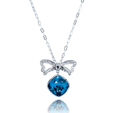 Ribbon_dangling_swarovski_element_pendant_2-475x475 How To Hide Skin Problems And Wrinkles Using Jewelry?