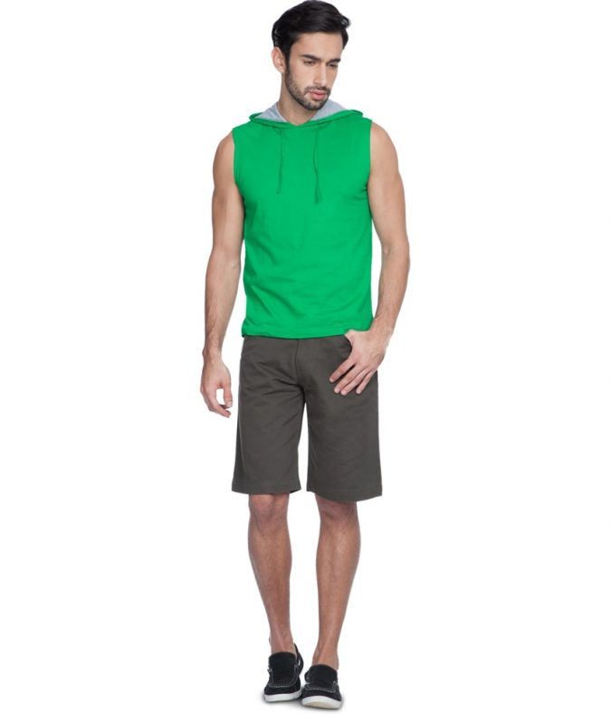 Shorts-with-casual-shoes3-675x790 10 Most Stylish Outfits for Guys in Summer 2020