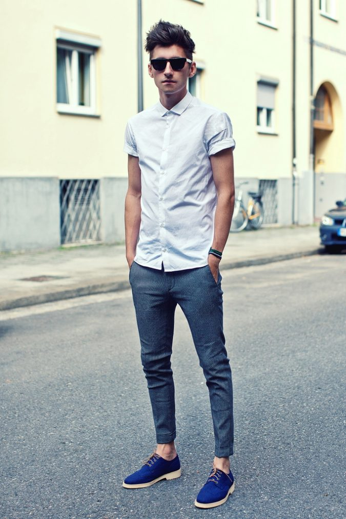 Skinny-jeans-with-a-classic-shirt3-675x1012 10 Most Stylish Outfits for Guys in Summer 2018