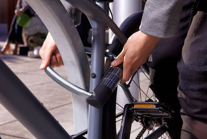 Solar-Bike-Lock3-675x452 12 Extraordinary Solar-Powered Products