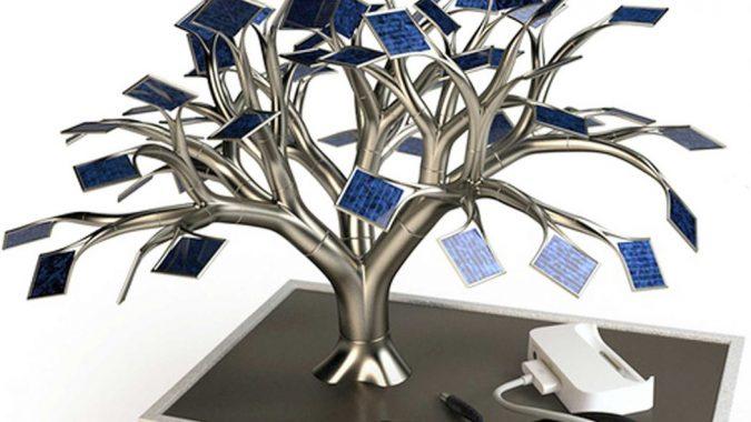Solar-Bonsai-Tree2-675x380 12 Extraordinary Solar-Powered Products
