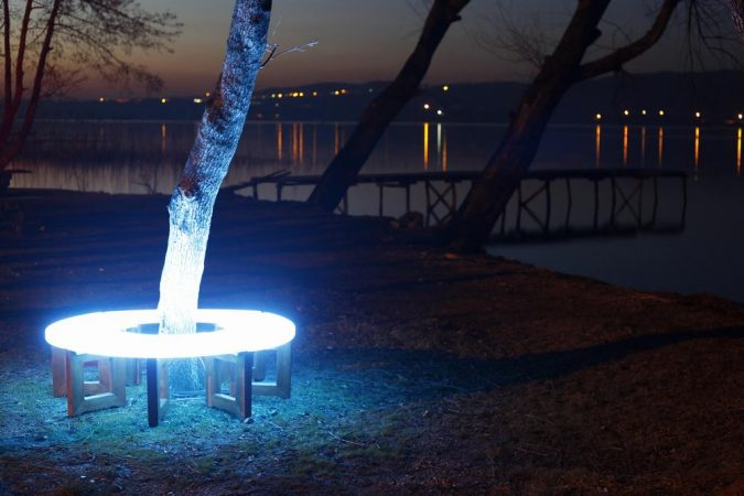 Solar-Furniture2-675x450 Top 12 Unusual Solar-Powered Products
