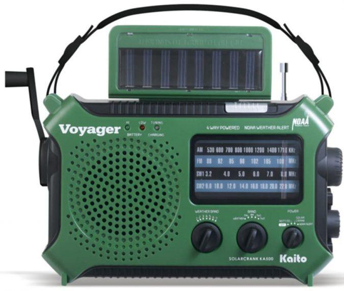 Solar-Radio2-675x571 Top 12 Unusual Solar-Powered Products