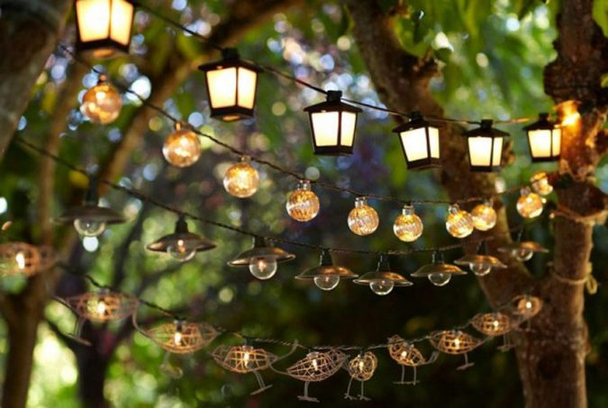 Solar-String-Lights-Pale-and-Clammy-675x453 Top 12 Unusual Solar-Powered Products