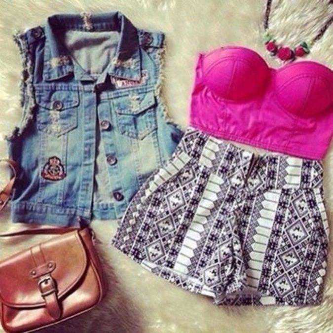 Strapless-Crop-Top-with-Denim-Vest-675x675 +40 Elegant Teenage Girls Summer Outfits Ideas in 2021