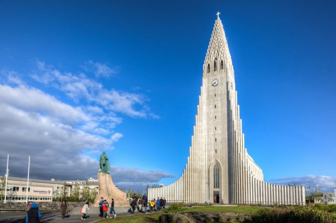 The-Church-of-Hallgrimur-Iceland2-675x449 15 Most Creative Building Designs in The World in 2019