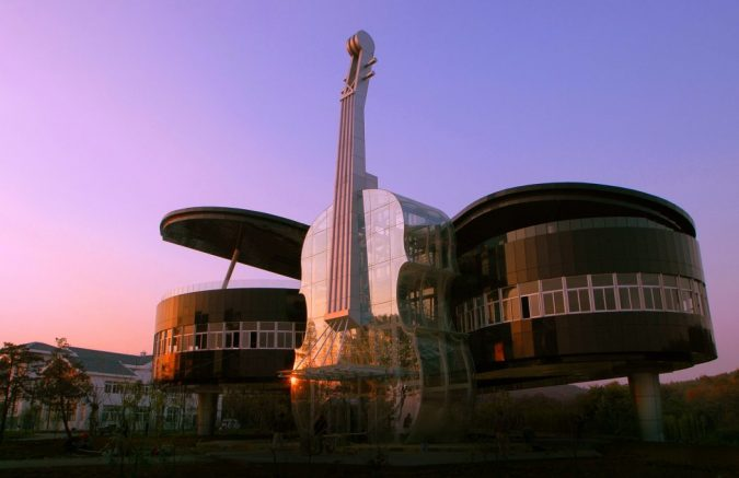 The-Piano-House-China2-675x437 15 Most Creative Building Designs in The World in 2019