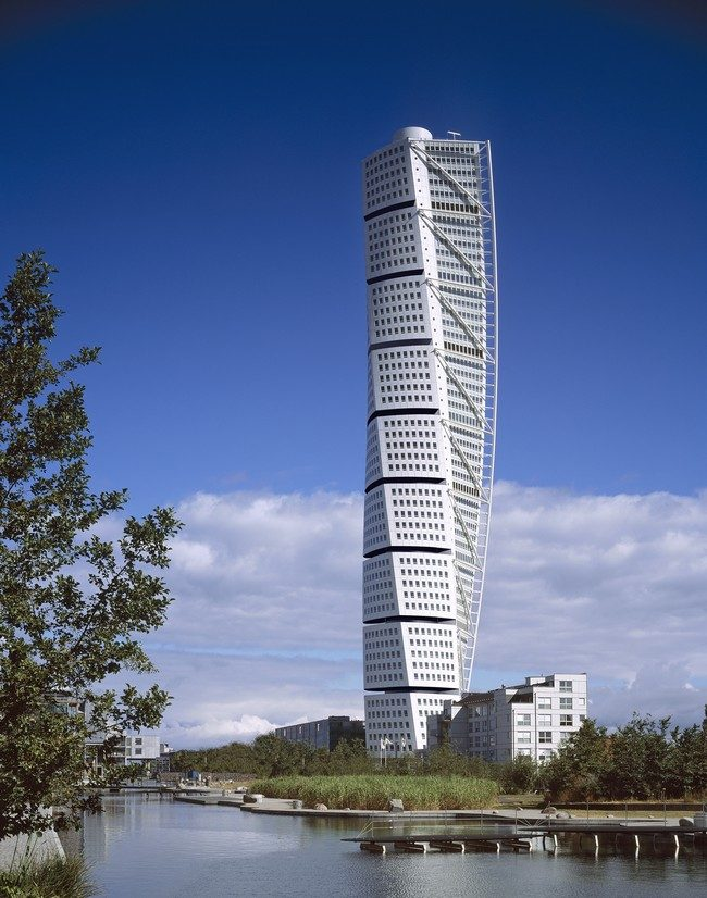 Turning-Torso-Malmo-3 15 Most Creative Building Designs in The World in 2019