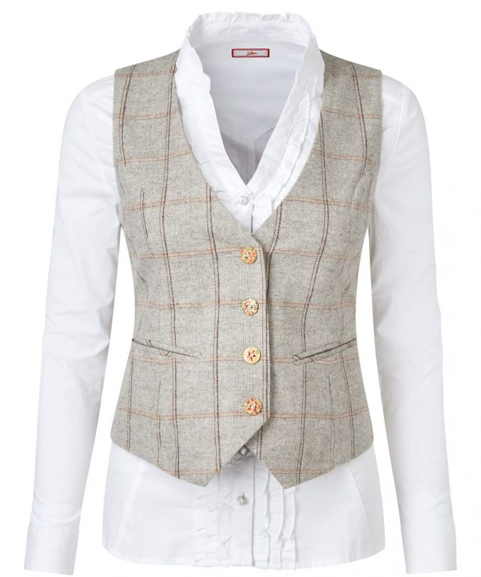 Waistcoats2-675x809 18 Work Outfits Every Working Woman Should Have