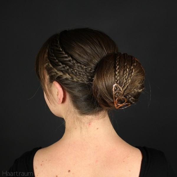 accent-braids-16 28 Hottest Spring & Summer Hairstyles for Women 2020