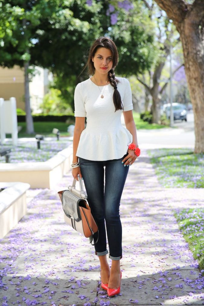 basic-tee-and-jeans-outfit-with-bright-accessories-675x1013 What to Wear for a Teenage Job Interview