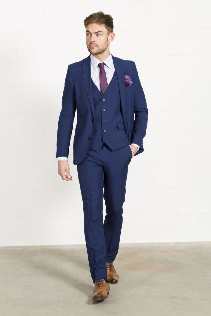 blue-suit2-675x1012 14 Splendid Wedding Outfits for Guys in 2017