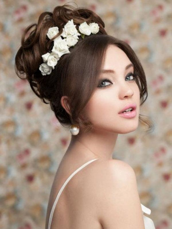 buns-13 28 Hottest Spring & Summer Hairstyles for Women 2020