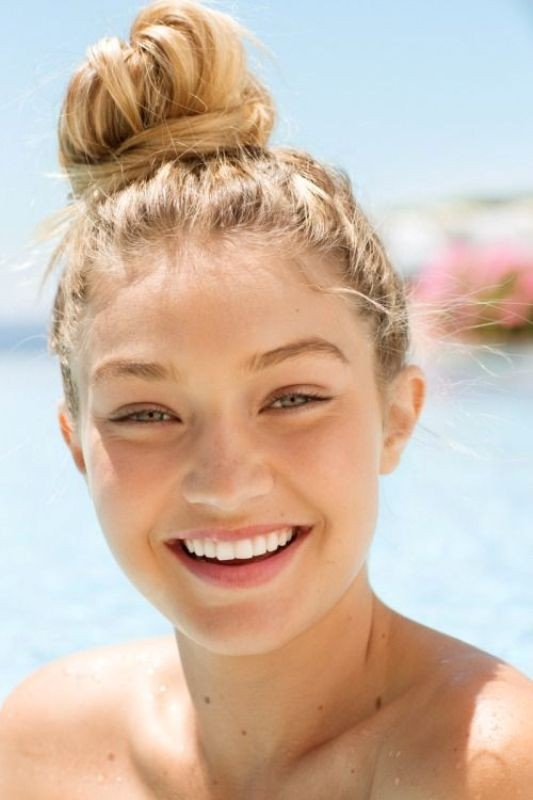 buns-2 28 Hottest Spring & Summer Hairstyles for Women 2020