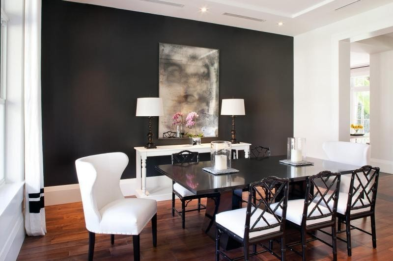 charcoal-and-light-gray-10 +40 Latest Home Color Trends for Interior Design in 2021