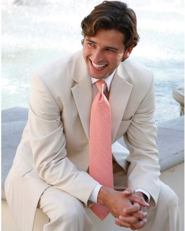 f54ff37f7f8d7bdad0ea473542599bb6 14 Splendid Wedding Outfits for Guys in 2021