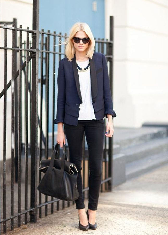 formal-outfit-black-and-navy-style 20+ Stylish Teenages Job Interview outfits Design Ideas in 2018