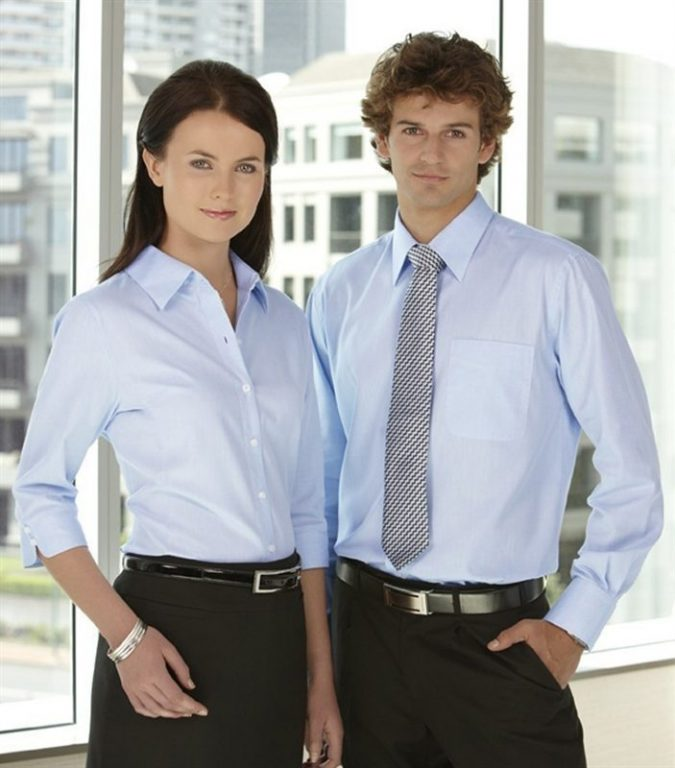 men-and-women-in-business-shirts-675x768 What to Wear for a Teenage Job Interview
