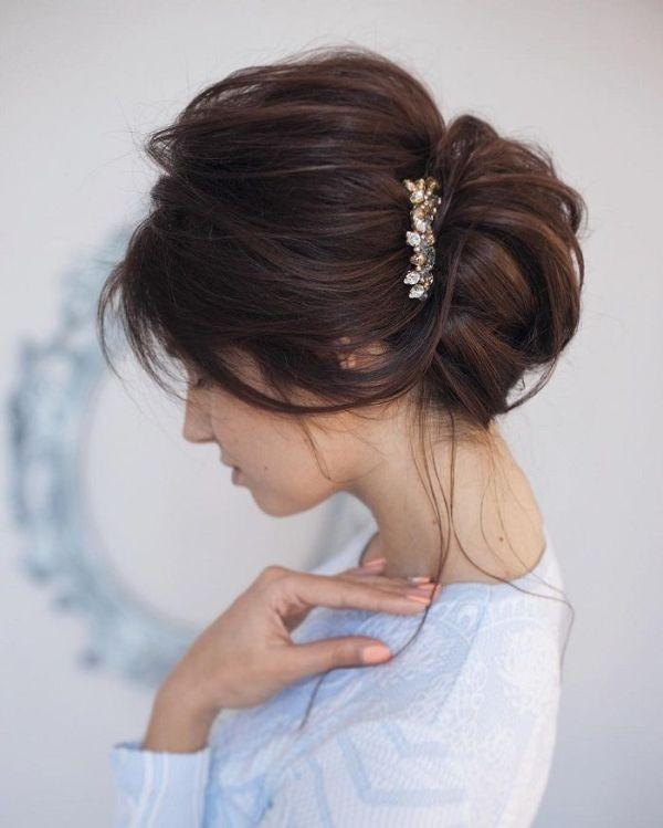 messy-hairstyles-12 28 Hottest Spring & Summer Hairstyles for Women 2020