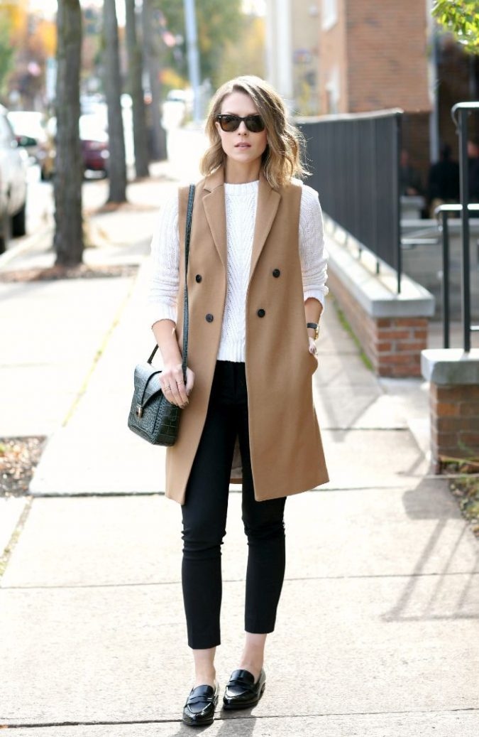 outfits-with-long-vests3-675x1037 18 Work Outfits Every Working Woman Should Have