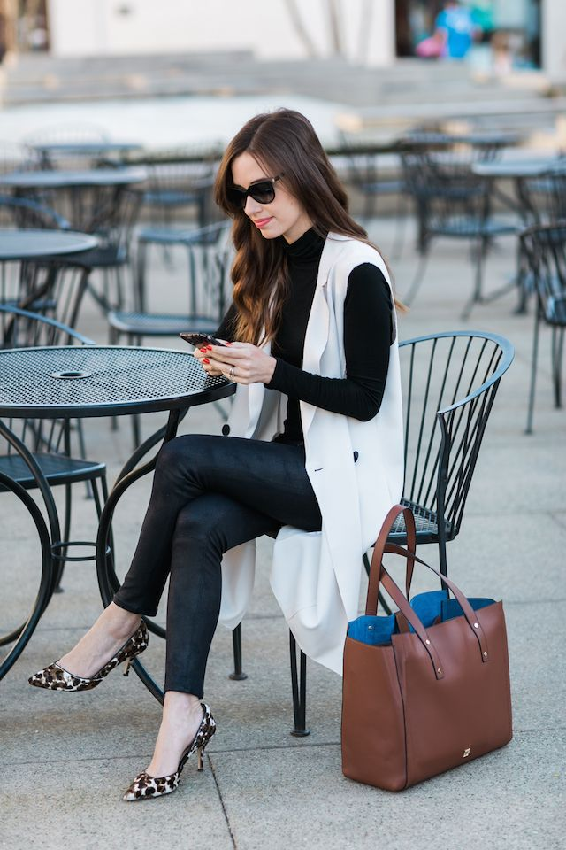 outfits-with-long-vests4 18 Work Outfits Every Working Woman Should Have