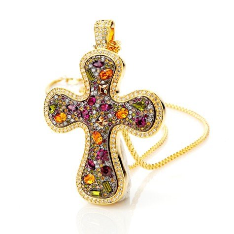 real-collectibles-by-adrienne-jeweled-cross-pendant-d-20120813121941457208071-475x475 How To Hide Skin Problems And Wrinkles Using Jewelry?