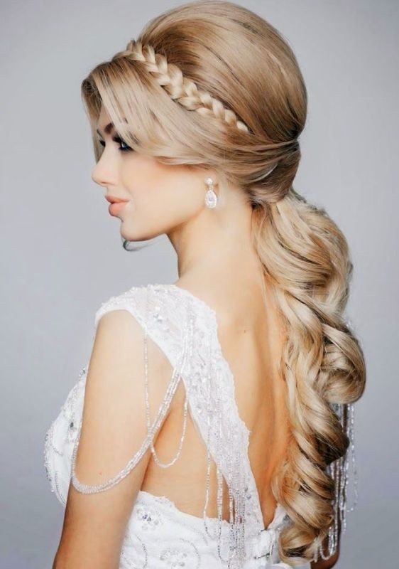 side-ponytail-4 28 Hottest Spring & Summer Hairstyles for Women 2020