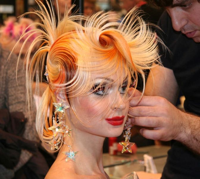 weird-hairstyles-8 28 Hottest Spring & Summer Hairstyles for Women 2020