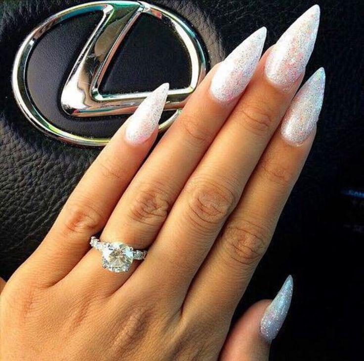 62b3fe2c11607f761b3322ed855e890d 125 years of Fingernails Trends Development