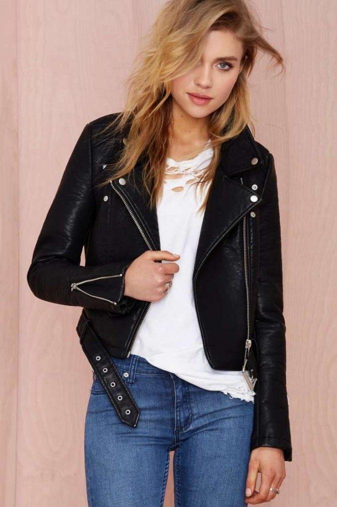Black-Vegan-Jacket5-675x1014 5 Casual Winter Outfits for Elegant Ladies