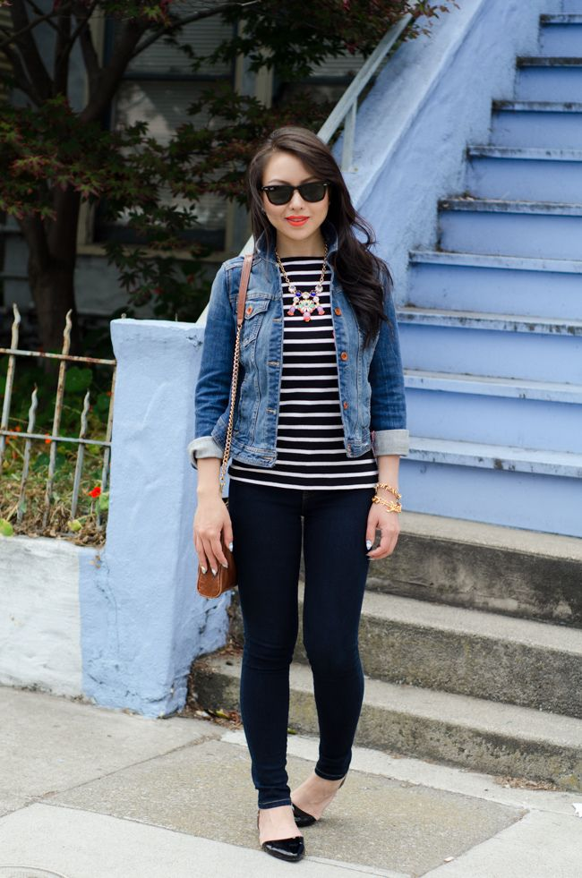 Denim-jacket 6 Stylish Fall Outfits for School