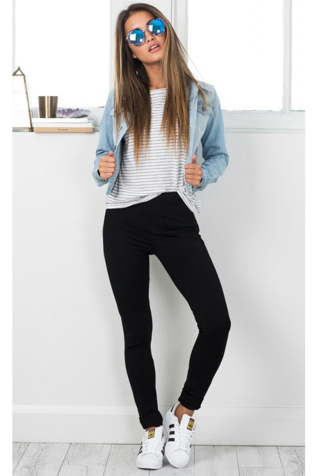 Denim-jacket5 6 Stylish Fall Outfits for School