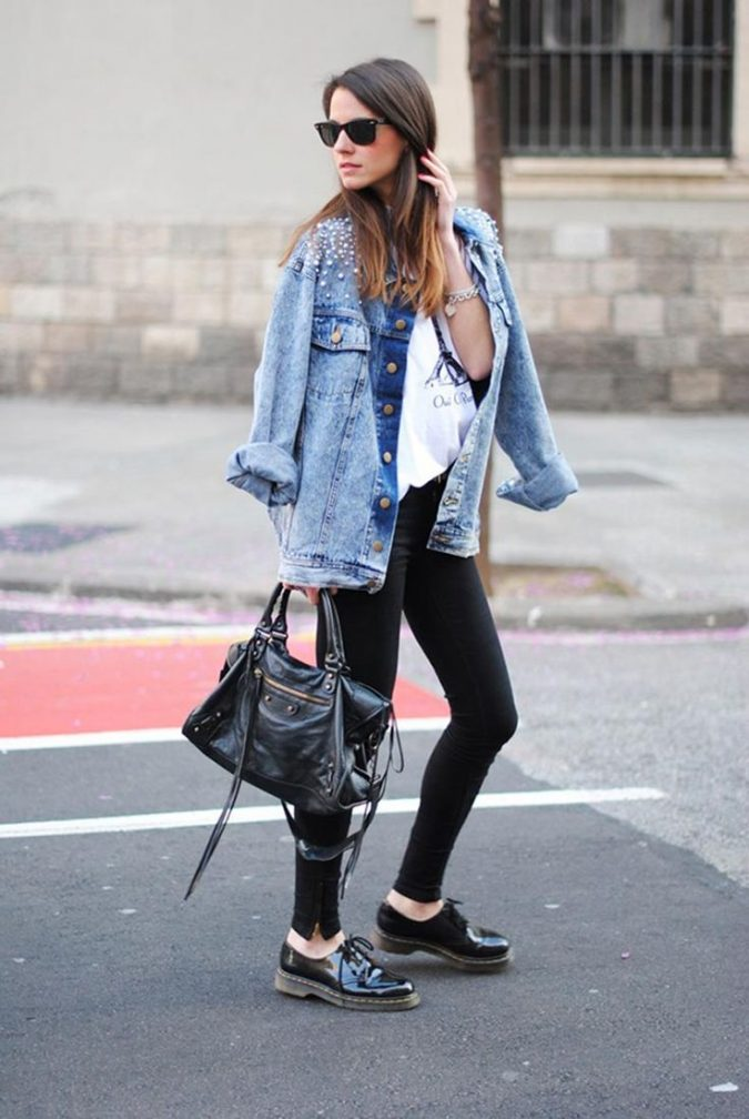 Denim-jacket8-675x1008 6 Stylish Fall Outfits for School