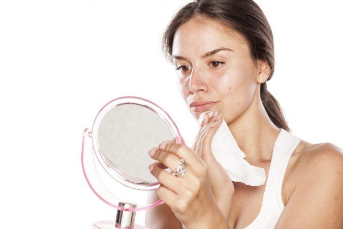 Dollarphotoclub_65711856-1024x683-675x450 6 Main Ways to Get Longer Eyelashes