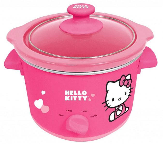 Hello-Kitty-Slow-Cooker-Pink-APP-41209-1024x903-675x595 9 Unusual «Hello Kitty» Products!
