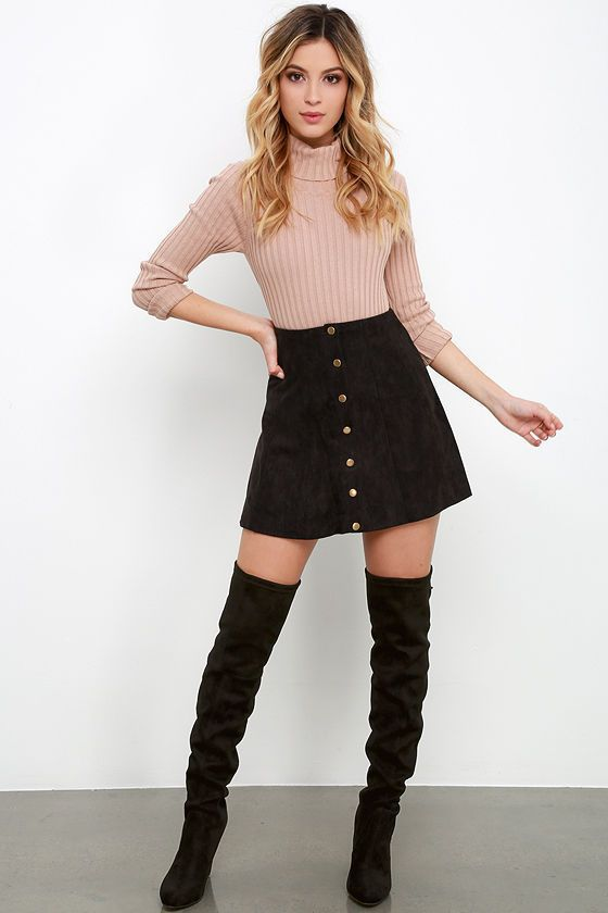 Mini-Skirt4 5 Casual Winter Outfits for Elegant Ladies