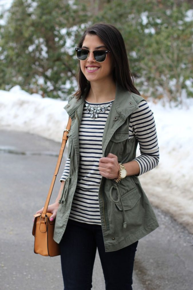 Striped-shirt3-675x1013 6 Stylish Fall Outfits for School