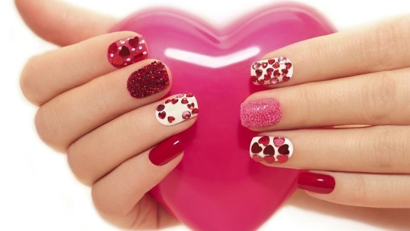 Valentines-Day-Nails-2017-117 50+ Lovely Valentine's Day Nail Art Ideas 2018
