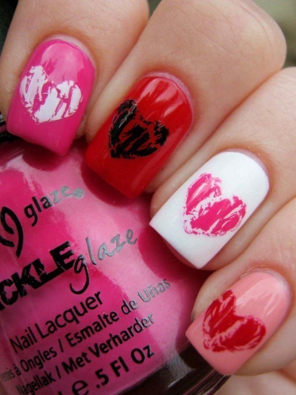 Valentines-Day-Nails-2017-12 50+ Lovely Valentine's Day Nail Art Ideas 2020