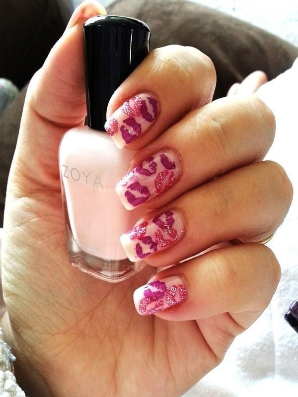 Valentines-Day-Nails-2017-23 50+ Lovely Valentine's Day Nail Art Ideas 2020