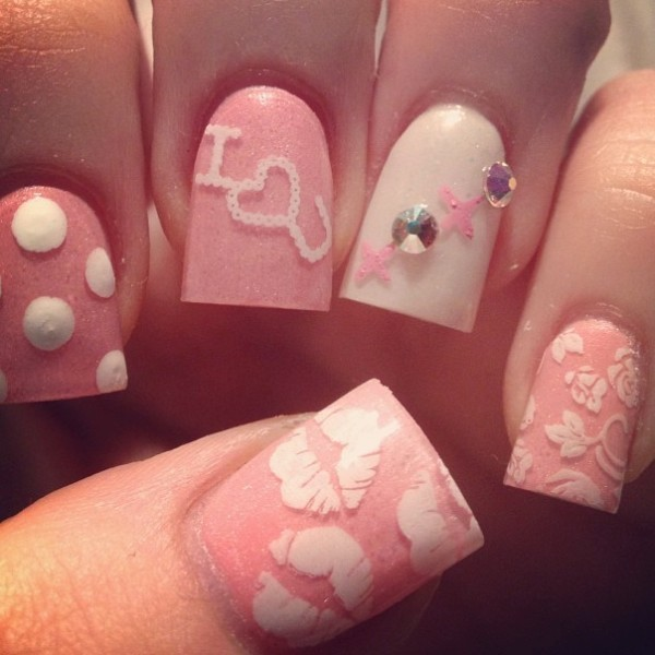 Valentines-Day-Nails-2017-79 50+ Lovely Valentine's Day Nail Art Ideas 2017