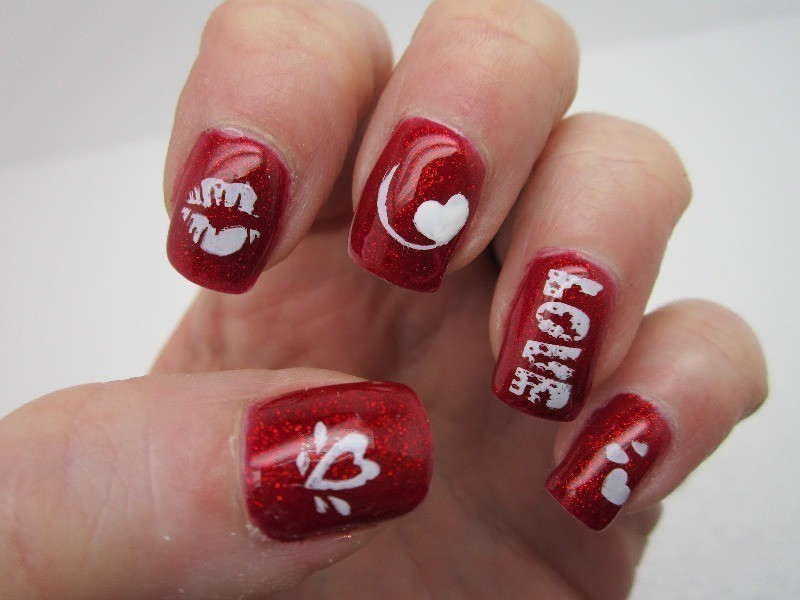 Valentines-Day-Nails-2017-86 50+ Lovely Valentine's Day Nail Art Ideas 2018