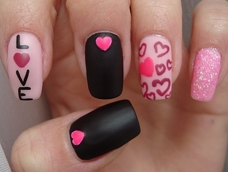 Valentines-Day-Nails-2017-91 50+ Lovely Valentine's Day Nail Art Ideas 2018