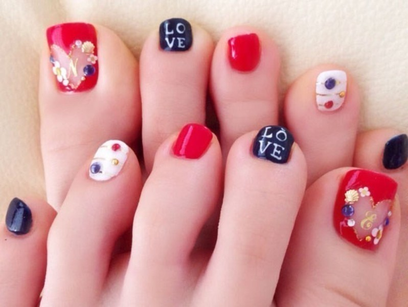 Valentines-Day-Nails-2017-95 50+ Lovely Valentine's Day Nail Art Ideas 2018