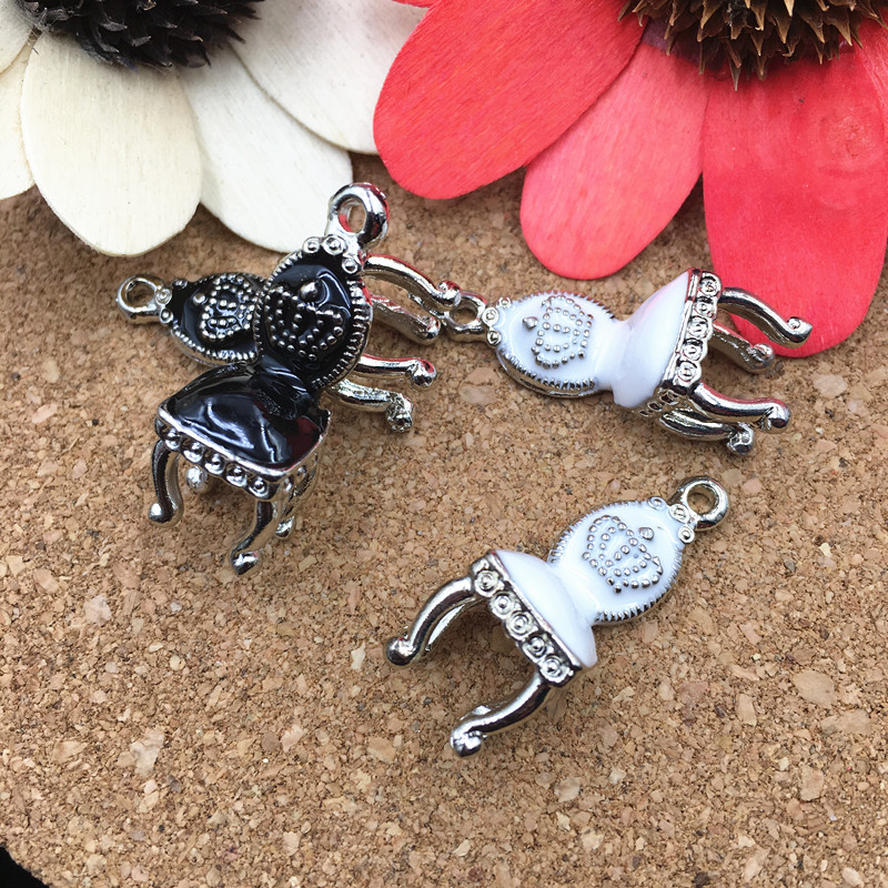 Wholesale-6PCs-Lot-26-10MM-3D-Royal-font-b-Chair-b-font-Pendant-Charms-Silver-Tone 10 Most Unusual Necklaces You Will Ever See