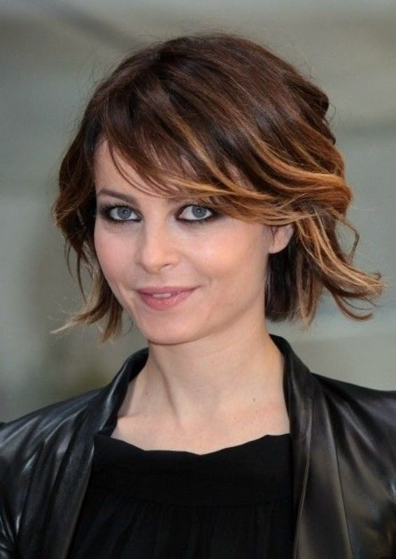 adding-highlights-4 80+ Marvelous Color Ideas for Women with Short Hair