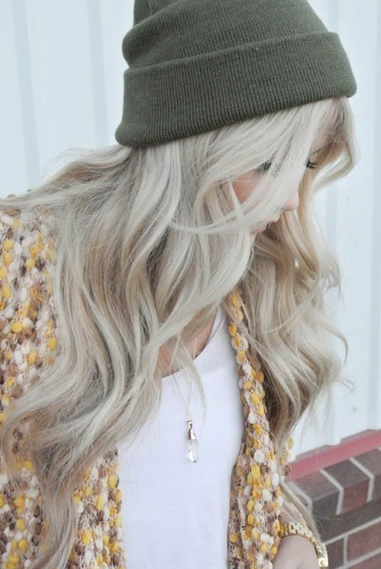 ashy-blonde-8 33 Fabulous Spring & Summer Hair Colors for Women 2022